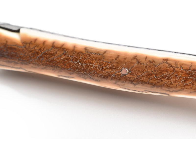 Laguiole en Aubrac Pièce unique met robuuste croute d'ivoire en verfijnde afwerking van bij en rug