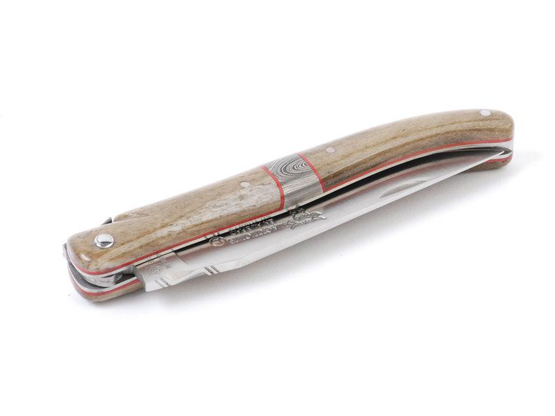 Laguiole en Aubrac Pièce unique van os de chameau met centraal damastmotief en fijn bewerkte rug en designbij