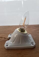 Oude porseleinen lamp