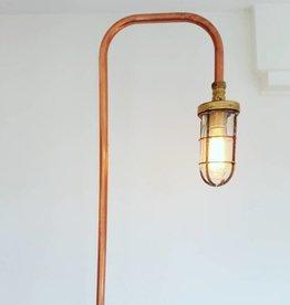 Industriele koperen 215 cm vloerlamp met oude scheepslamp