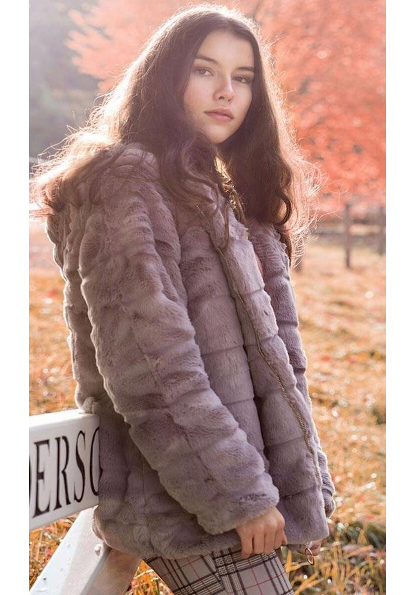 LIZ FAUX FUR COAT