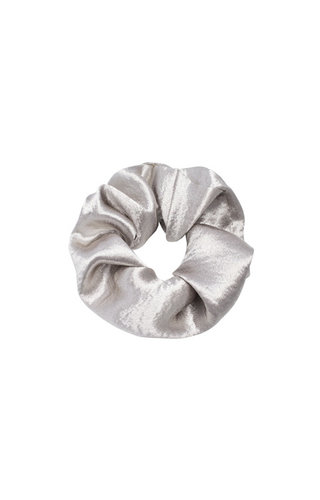 SHINY SATIN SILVER SCRUNCHIE