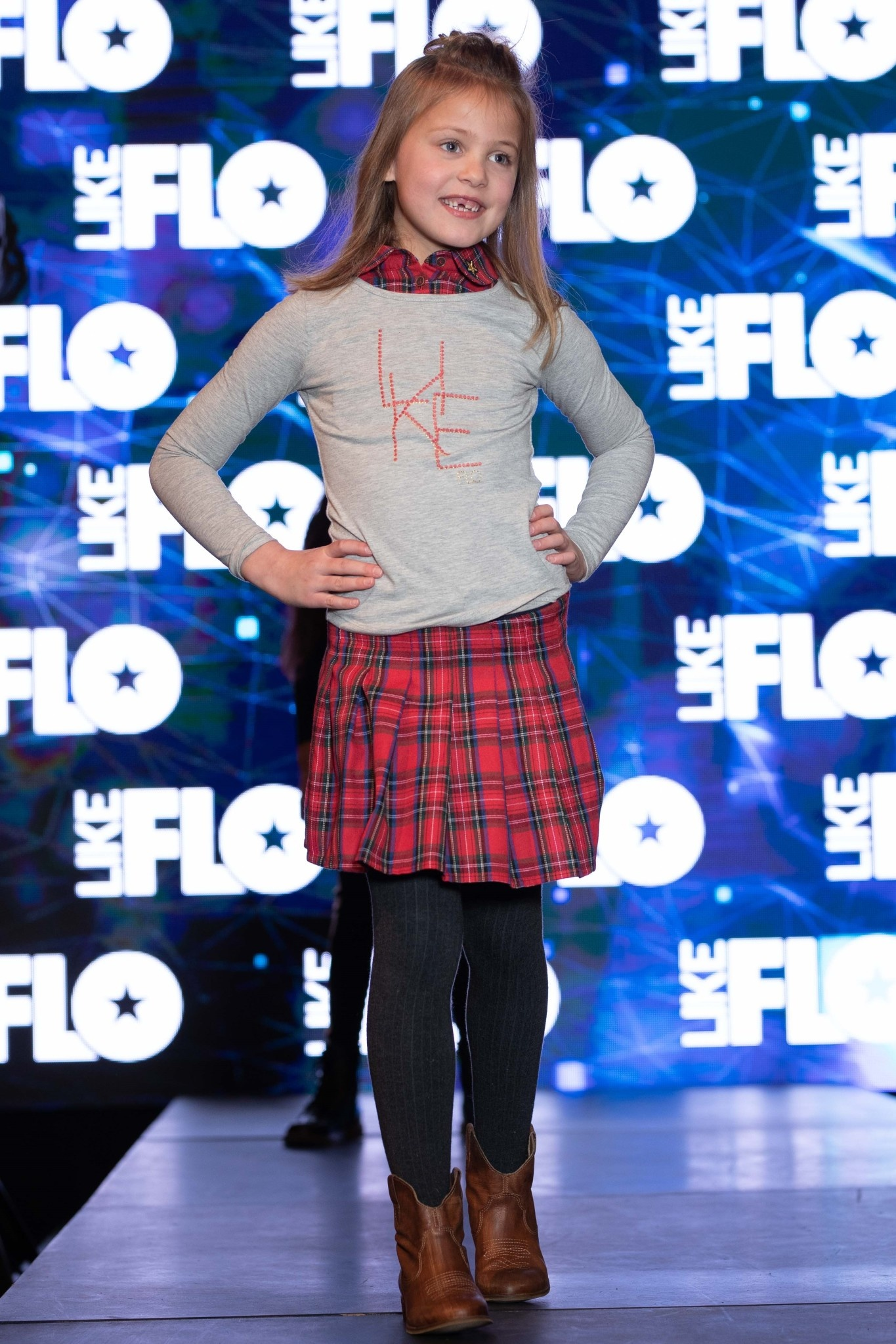 Like Flo Scottish Collar