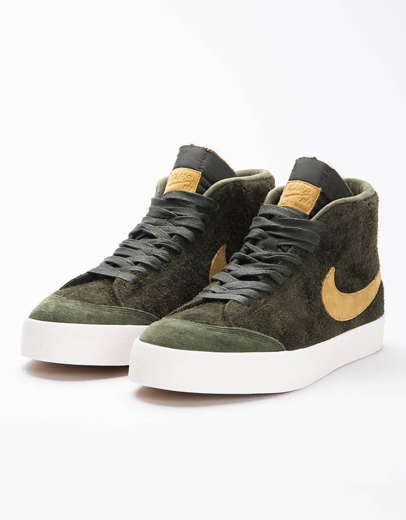 Nike SB Zoom Blazer Mid QS 'Club 58' Sequoia/Gold