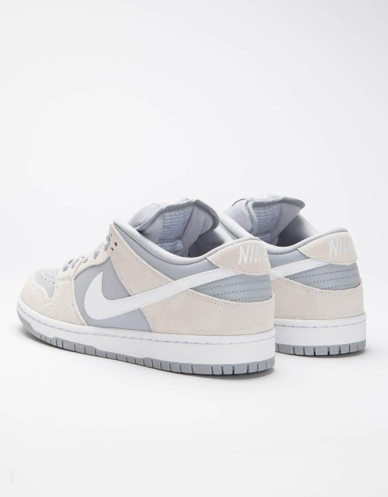 Nike SB Dunk Low summit white/white-wolf grey-white