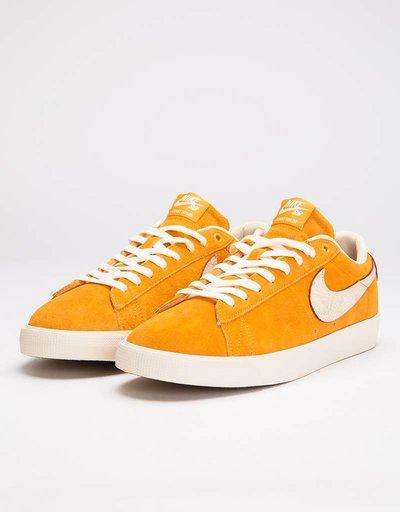 abf5d7db0 Nike SB Blazer Low QS Circuit Orange Natural
