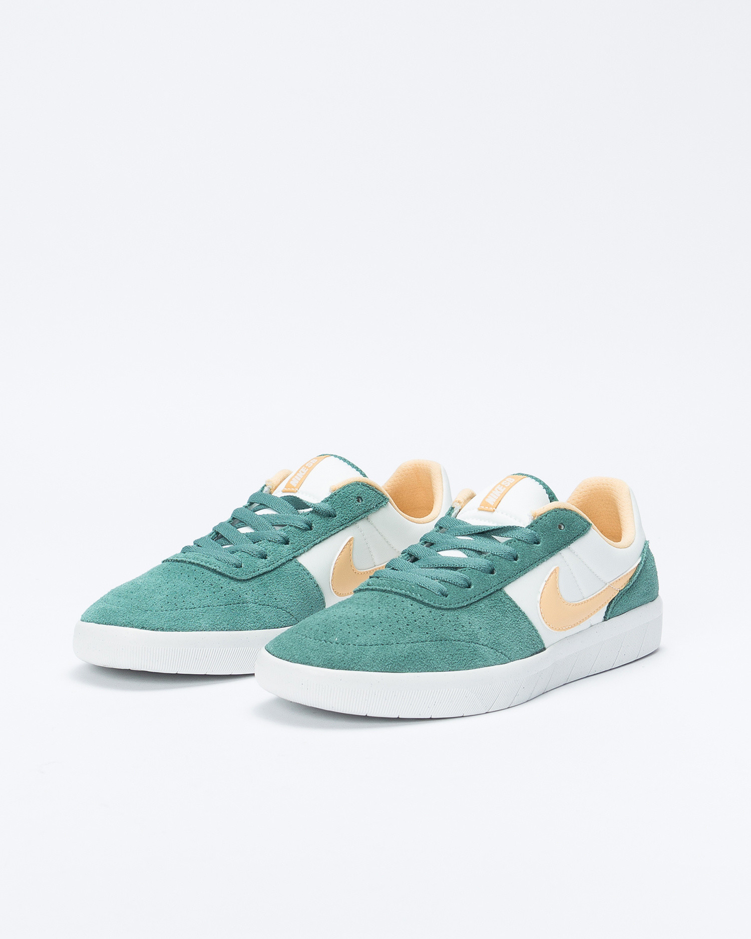 Nike SB Team Classic Biocoastal/Celestal Gold-Summit White