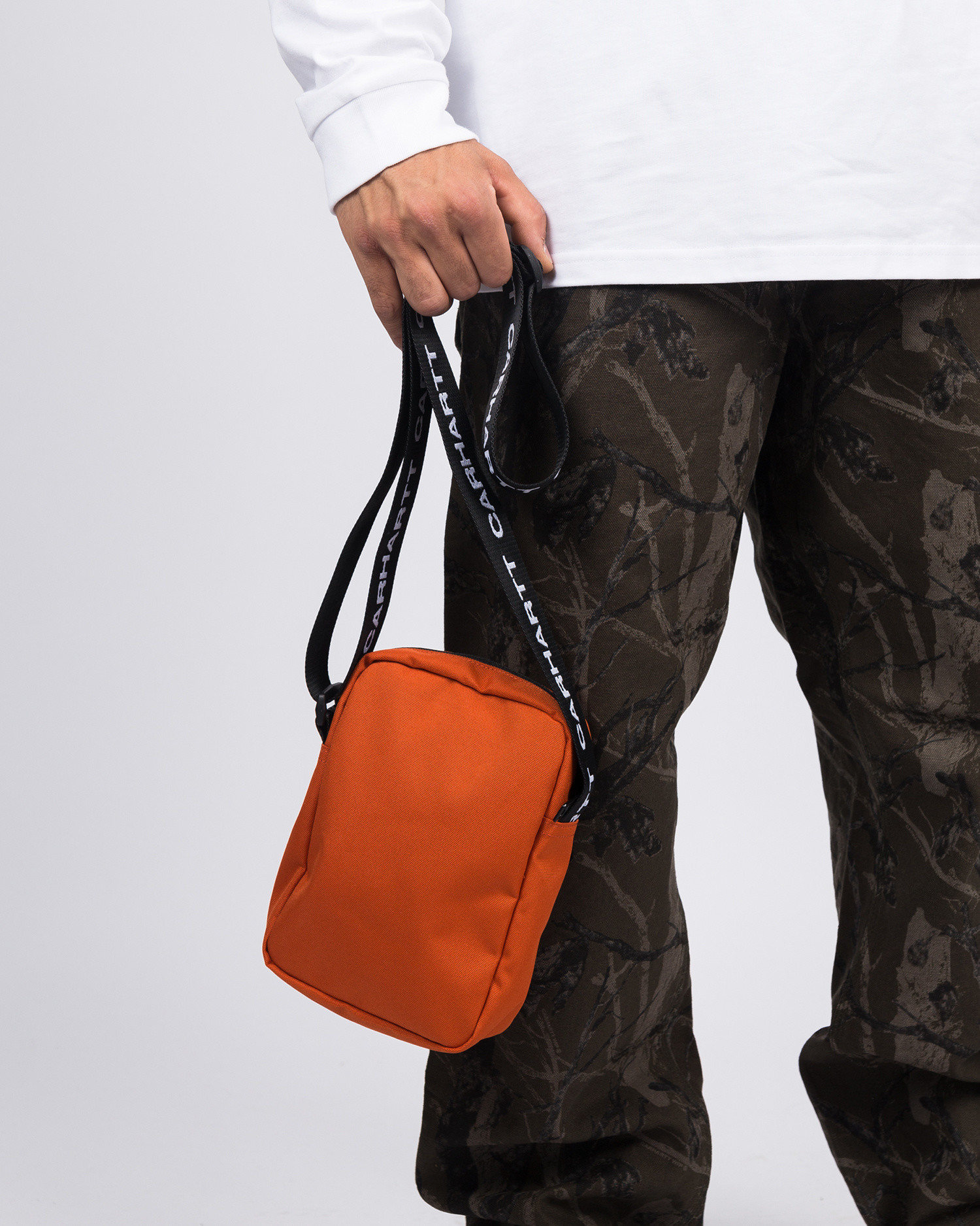 Carhartt Brandon shoulder pouch Brick Orange