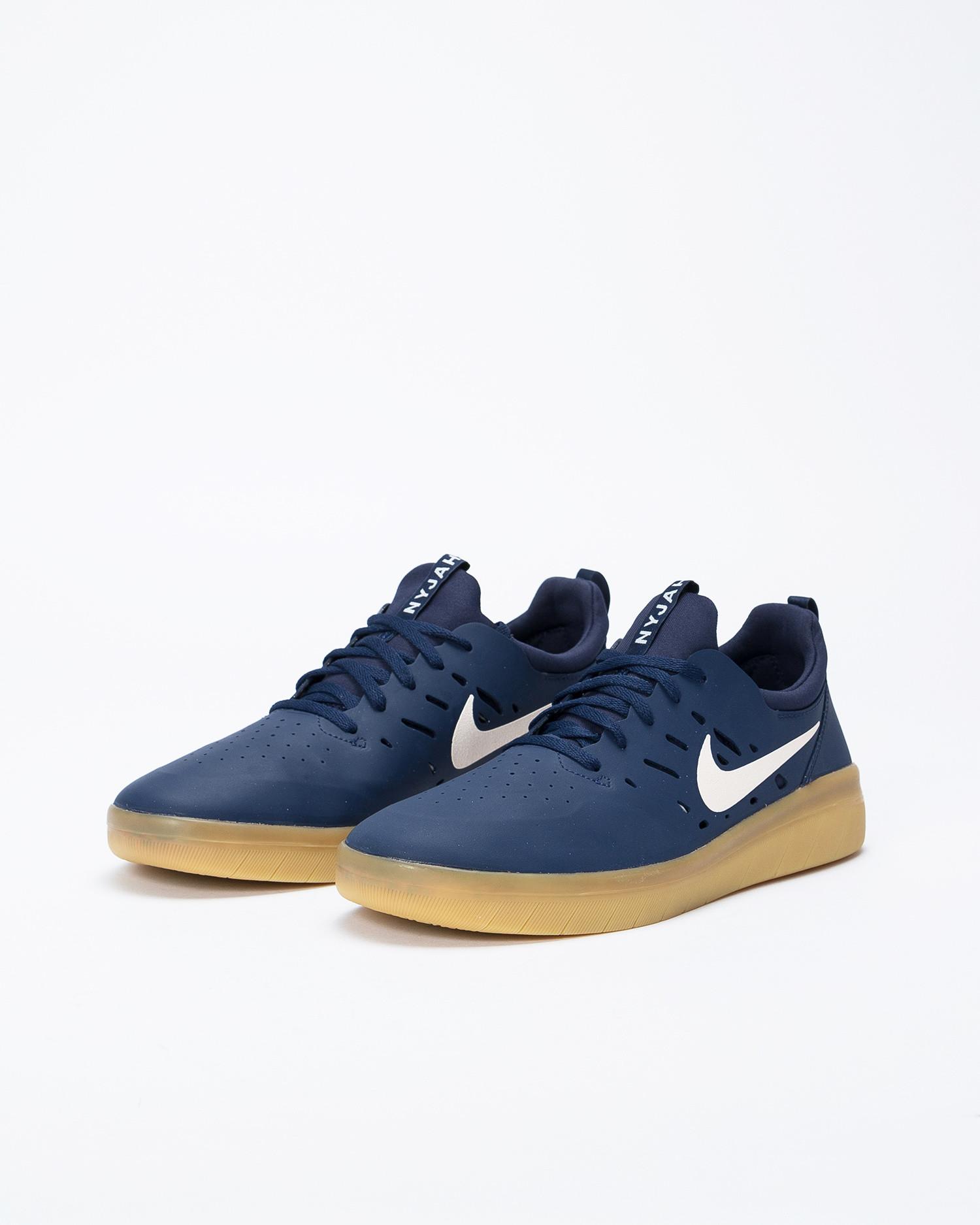 Nike SB Nyjah Free Midnight Navy/Summit White-Midnight Navy