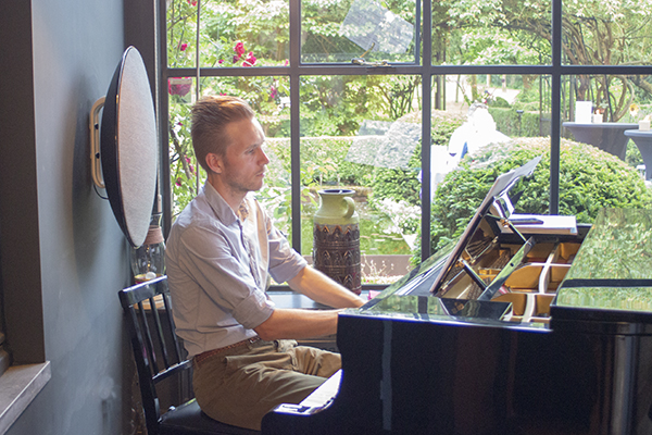 Pianobar bij Guillaume