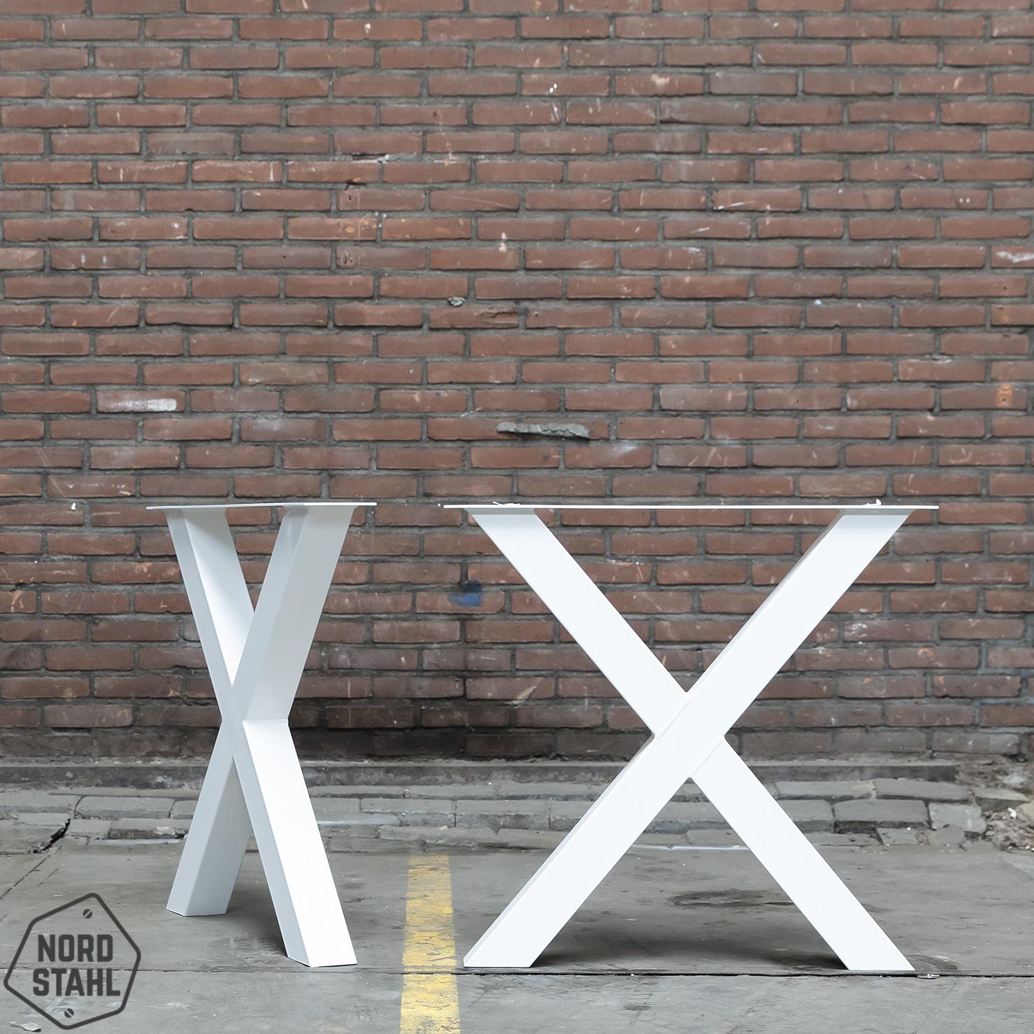 Nordstahl Deze losse stalen kruispoten zijn perfect voor het maken van een stijlvolle eetkamertafel.