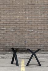 Nordstahl Onze stoere stalen eetkamer bankpoten, mooi onder uw eetkamerbank, los verkrijgbaar.