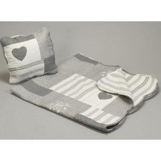 Quilt in patchwork grijs /ecru 230x250