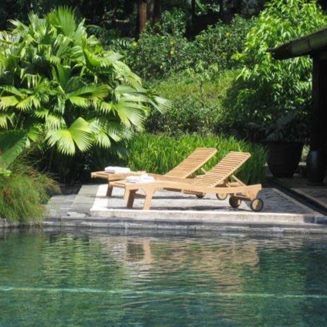 lembogan lounger
