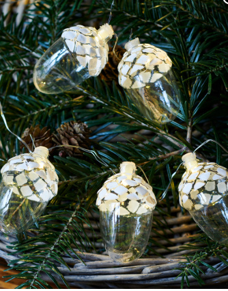 celina acorn garland 8 l snowy white