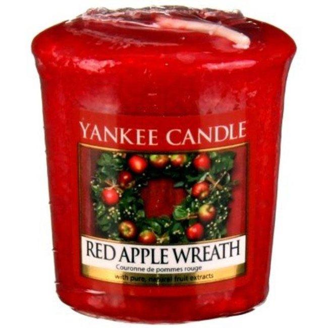 Red Apple wreath Votive