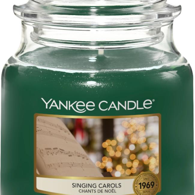 Yankee Candle Singing Carols medium jar