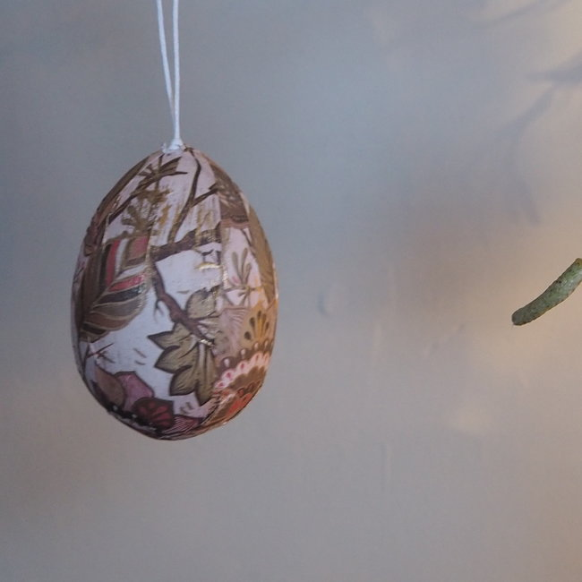 Darci white easter poly hanging egg leaves print