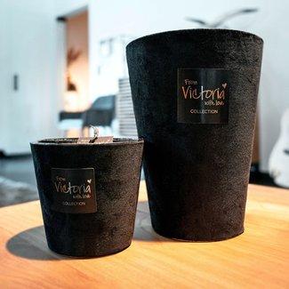 From Victoria with love Velvet black medium