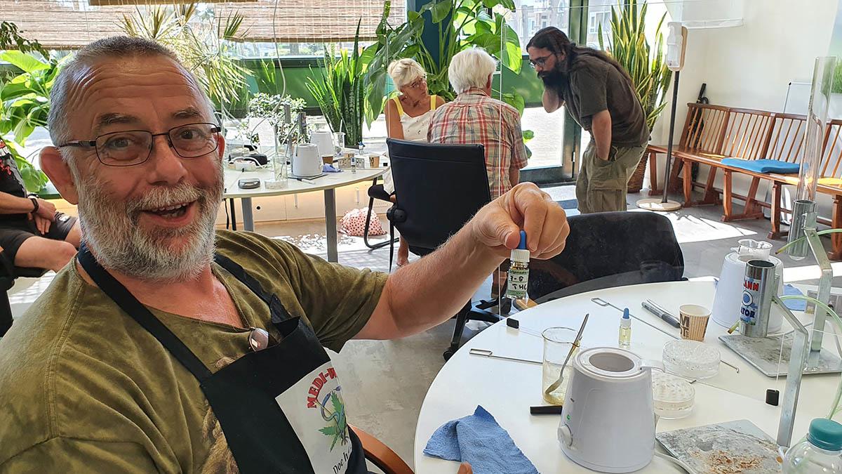 Cursus THC olie maken met kokos methode