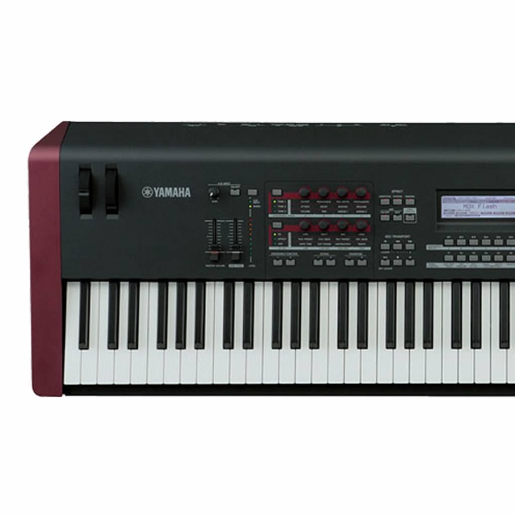 Yamaha Yamaha MOXF8 Music Production Synthesizer