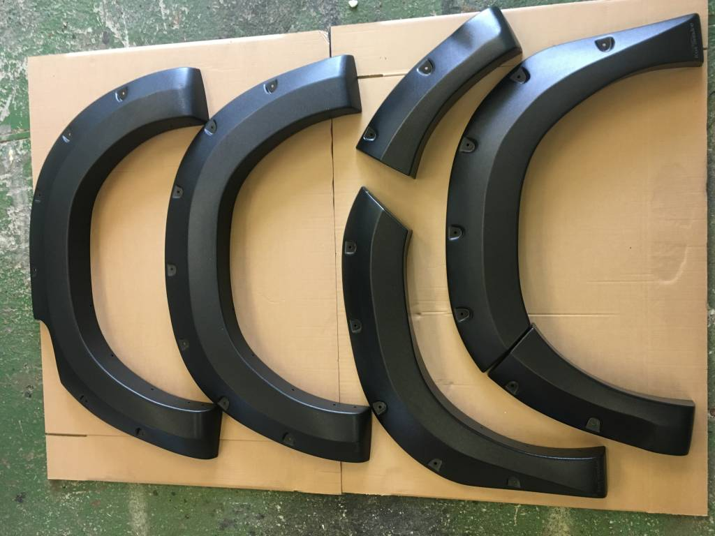 Toyota Fender Flares for Toyota HiLux (Revo) - 2015 till 2019 - 75mm wide, fits both wide and narrow body