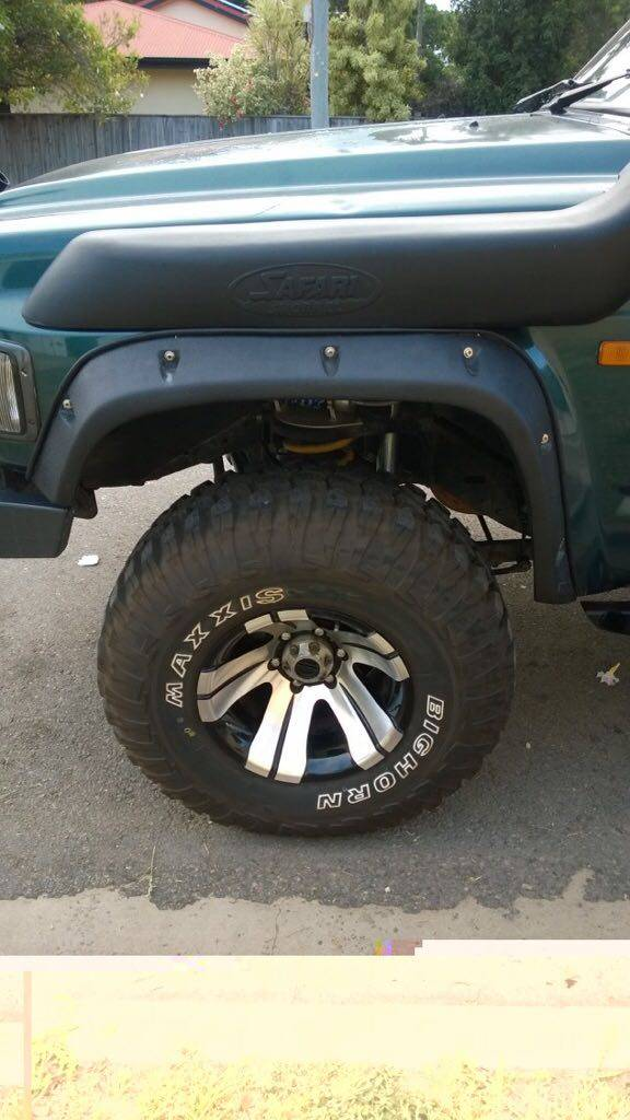 Nissan Nissan Patrol Y60  front set only