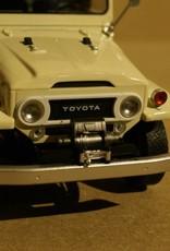 Toyota  1967 Toyota Land Cruiser FJ40 mit geschlossenem Verdeck