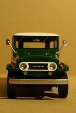 Toyota   1967 Toyota Land Cruiser FJ40 met hardtop