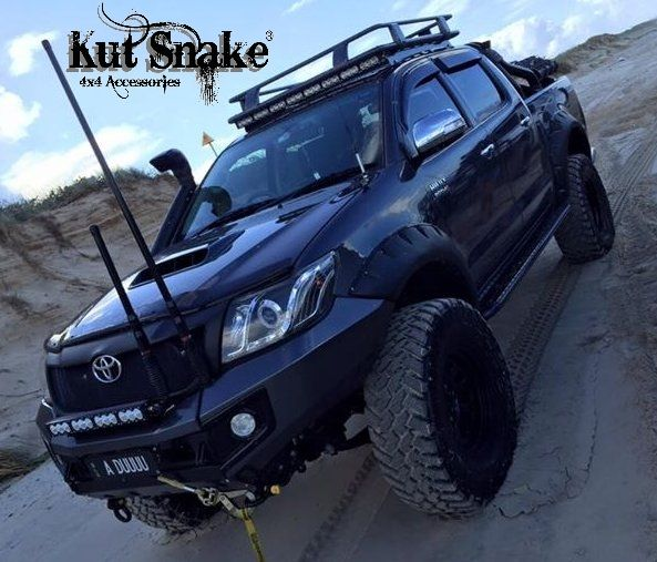 Toyota élargisseurs d'ailes pour Toyota Hi-Lux 2012-2015 monster ( face-lift) - 95mm large