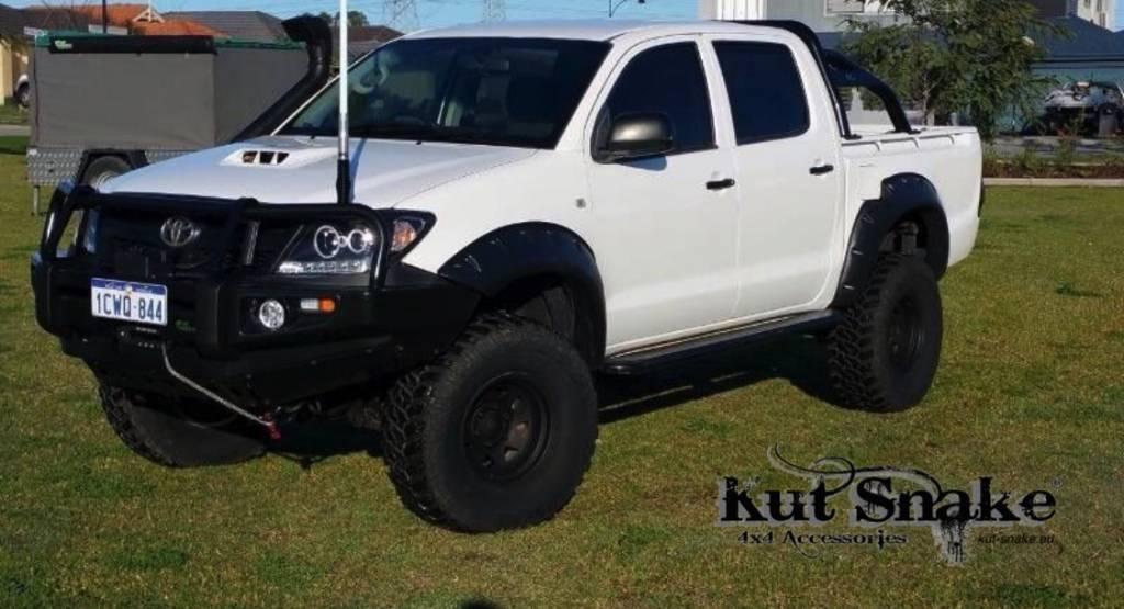 Toyota Kotflügelverbreiterung Toyota  HiLux 2012-2015 monster (face-lift) - 95mm breit