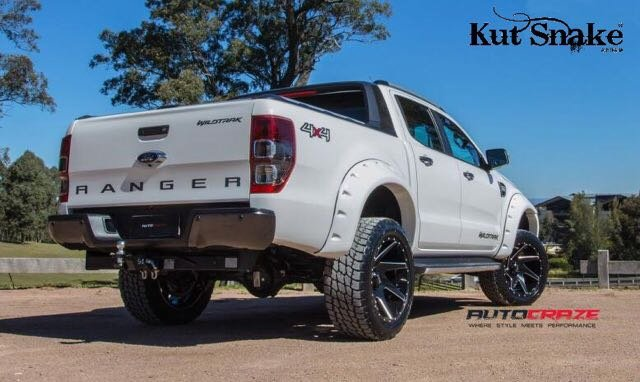 Ford élargisseurs d'ailes Ford Ranger  PX1, PX2 ét PX3  - 95mm large - Finition lisse