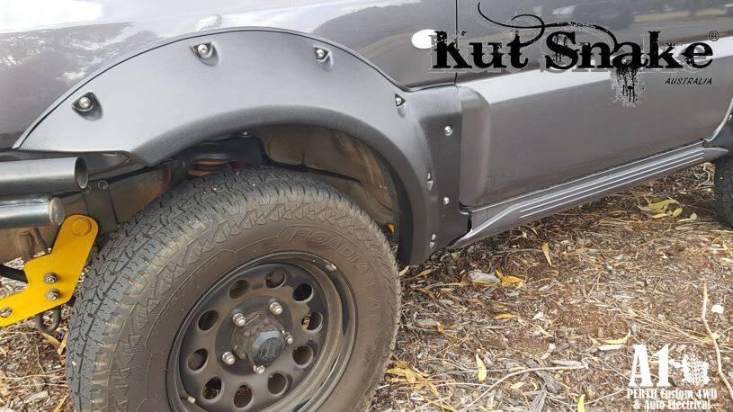 Suzuki Spatbordverbreders voor Suzuki Jimny100 mm breed