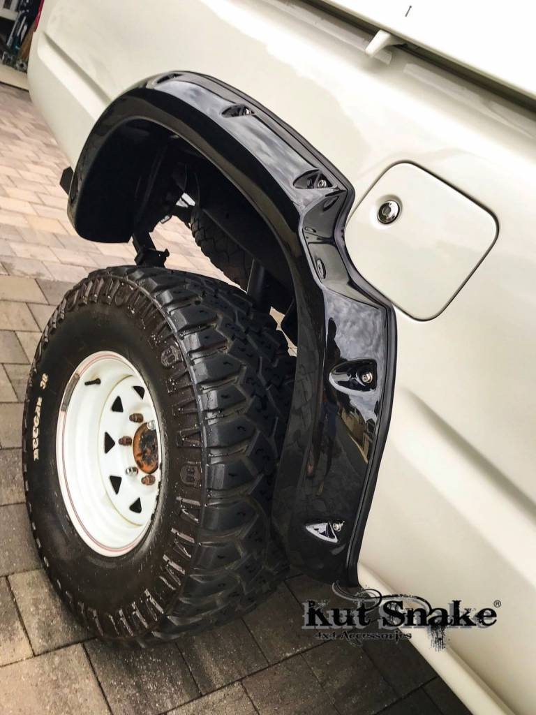 Toyota Spatbordverbrders voor Toyota Hi-Lux  - 106 enkel Cabine