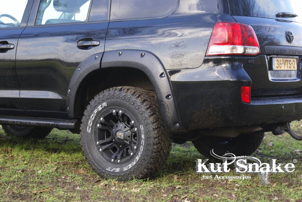 Toyota Spatbordverbreders voor Toyota Land CruiserToyota Land Cruiser 200 - 50 mm breed