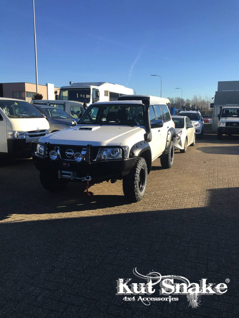 Nissan Spatbordverbreders voor  Nissan Patrol Y61 series 4  - 70 mm breed