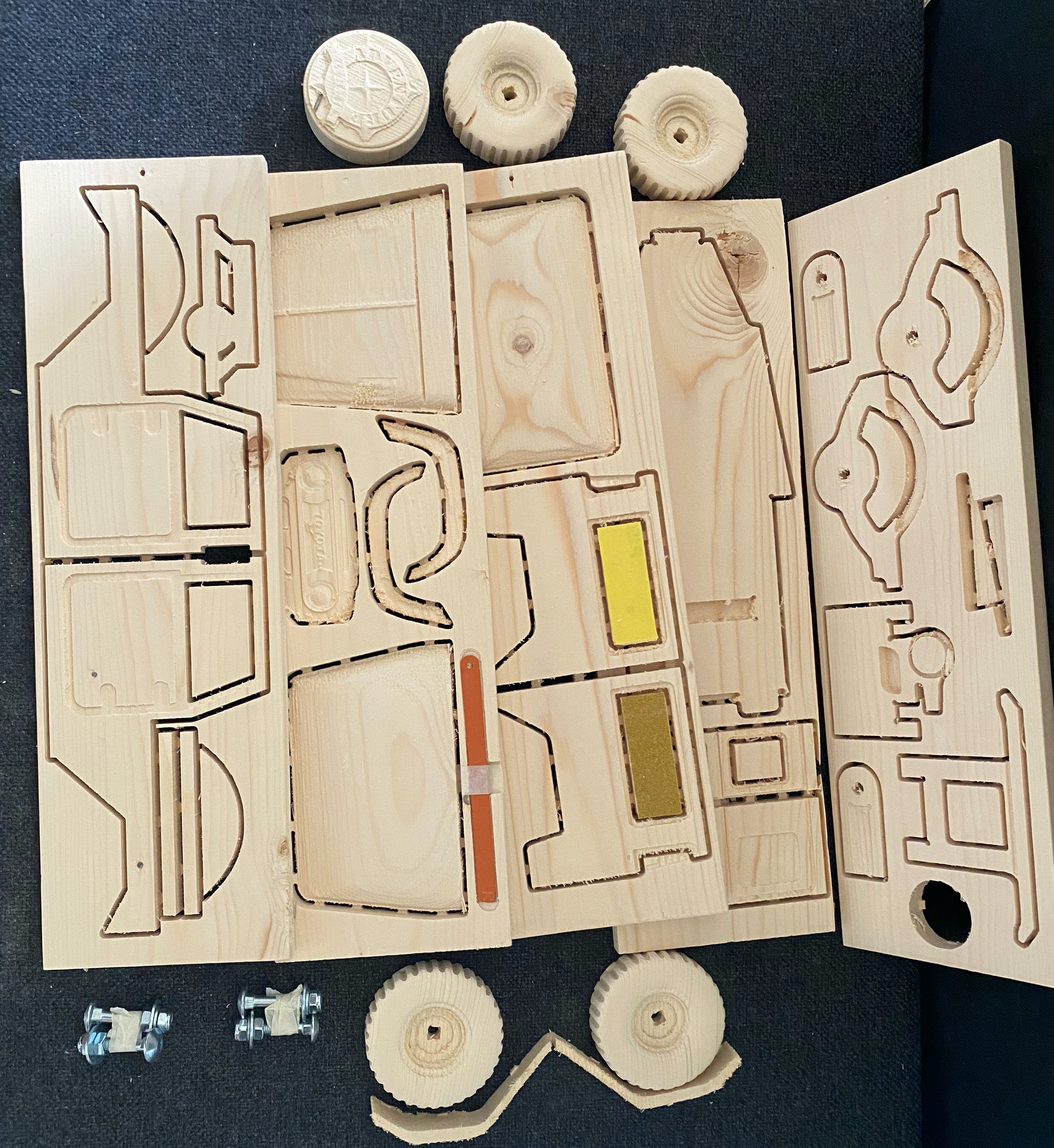 4x4 en bois - Série Land Cruiser 40