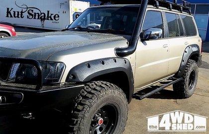 Nissan Spatbordverbreders voor  Nissan Patrol Y61 series 4- 2-deurs - 70 mm breed