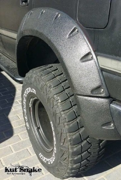 Toyota Spatbordverbreders voor  Toyota LandCruiser 80 -  95 mm breed