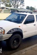 Nissan Spatbordverbreders voor Nissan Navara D22  - 80 mm breed