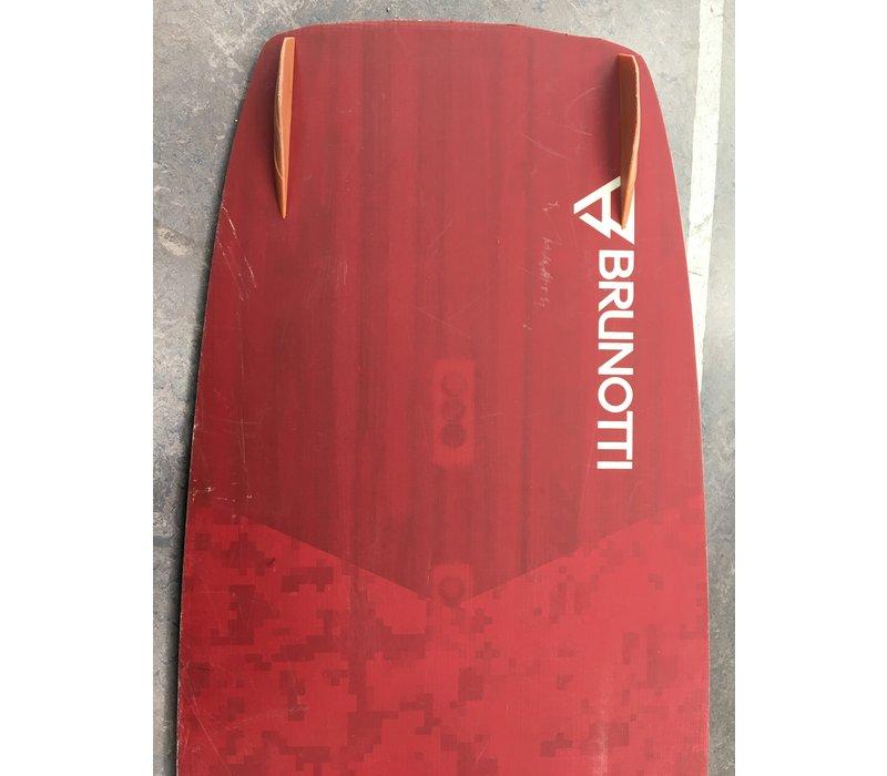 Brunotti Onyx 132 - used board