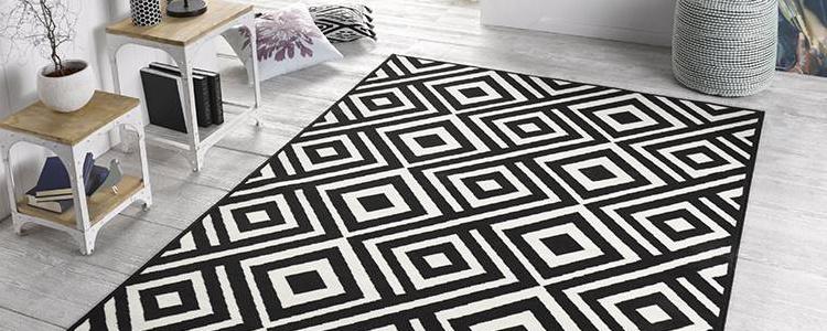 Zwart wit vloerkleed retro