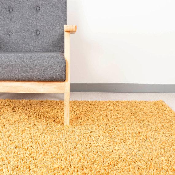 FRAAI Hoogpolig vloerkleed - Solid Geel