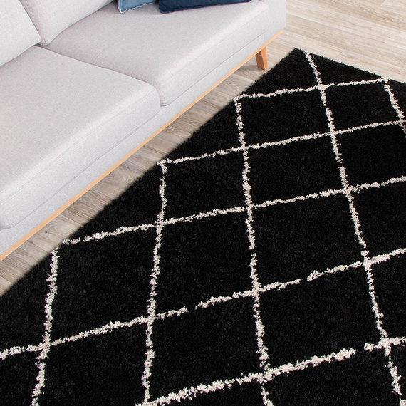 FRAAI Hoogpolig vloerkleed - Grand Lines Zwart/Creme