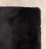 FRAAI Zacht Hoogpolig vloerkleed - Comfy Zwart
