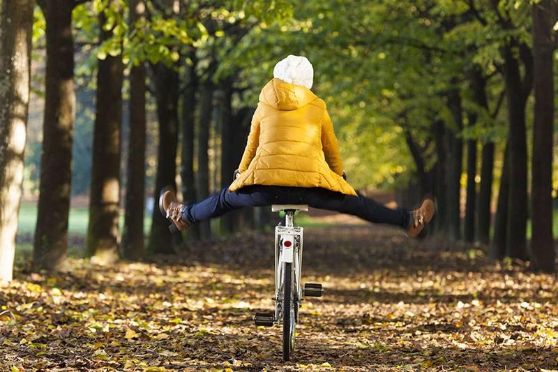 8 Tipps, um sicher durch die herbstliche Fahrradsaison zu radeln