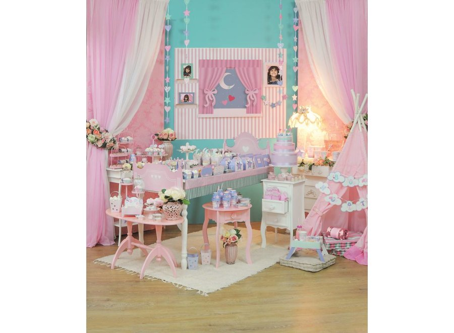 DREAM PARTY CURTAIN W/ STARS AND HEARTS
