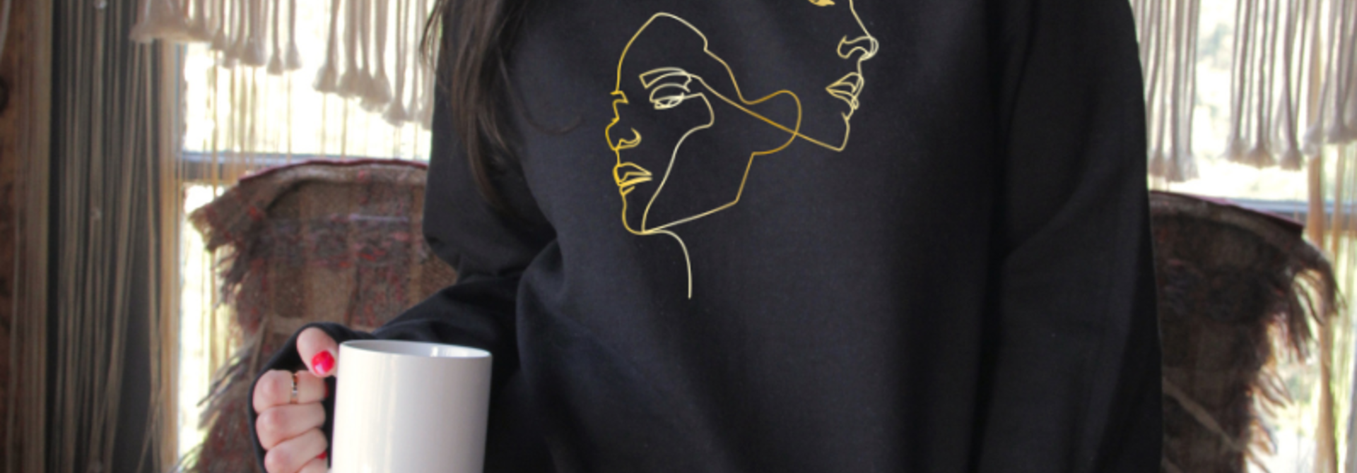 Sweater 'Faces' - black & gold | Art Collection