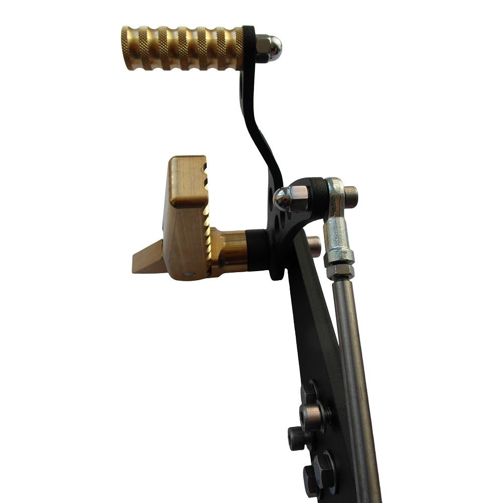 Messing / Brass Fußrastenanlage für Harley Davidson Shovelhead / Evolution / BigTwin 1936-1999