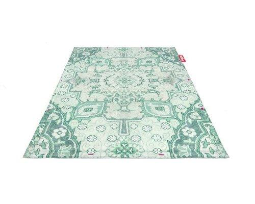 Non-Flying Carpet buiten vloerkleed   No vase?